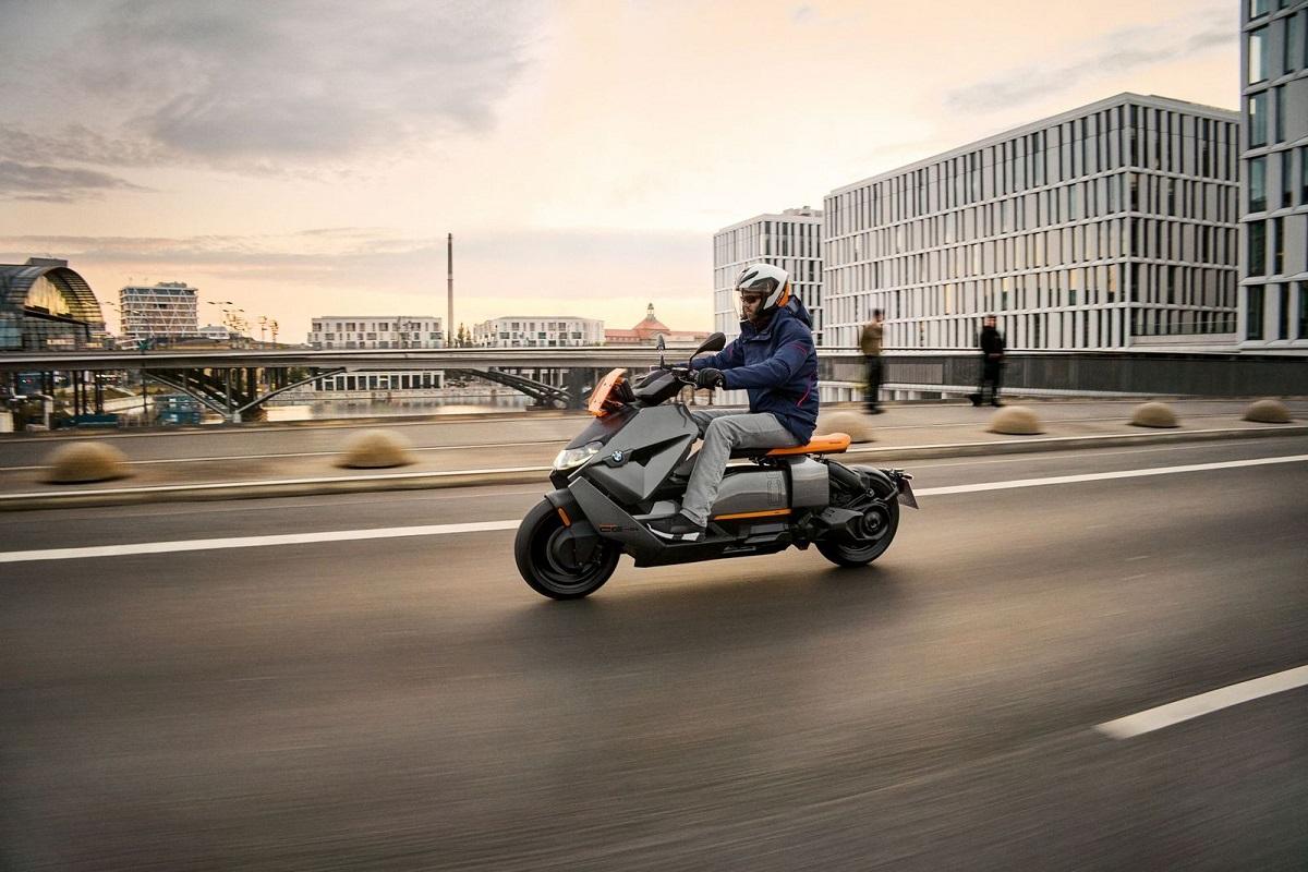 宝马将推出CE 04电动摩托车 充满科幻感的设计