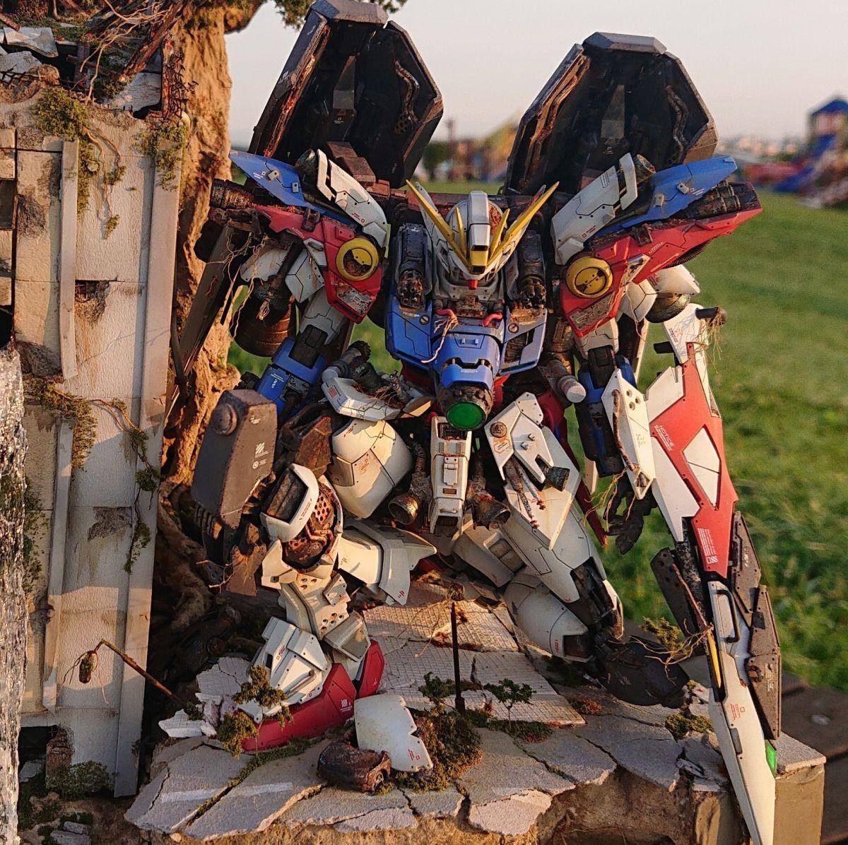 高玩打造废墟风高达情景模型 飞翼高达末世沧桑