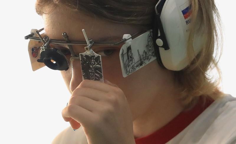 俄罗斯选手戴《巫师》猫学派徽章夺金 猎魔人狂喜