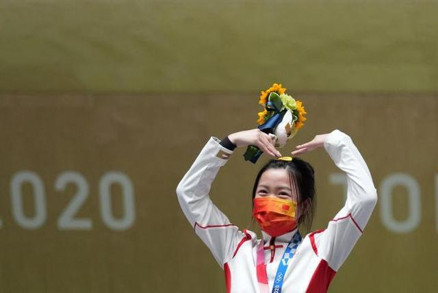 吴京表情包成了网友们观看东京奥运会的最佳伴侣