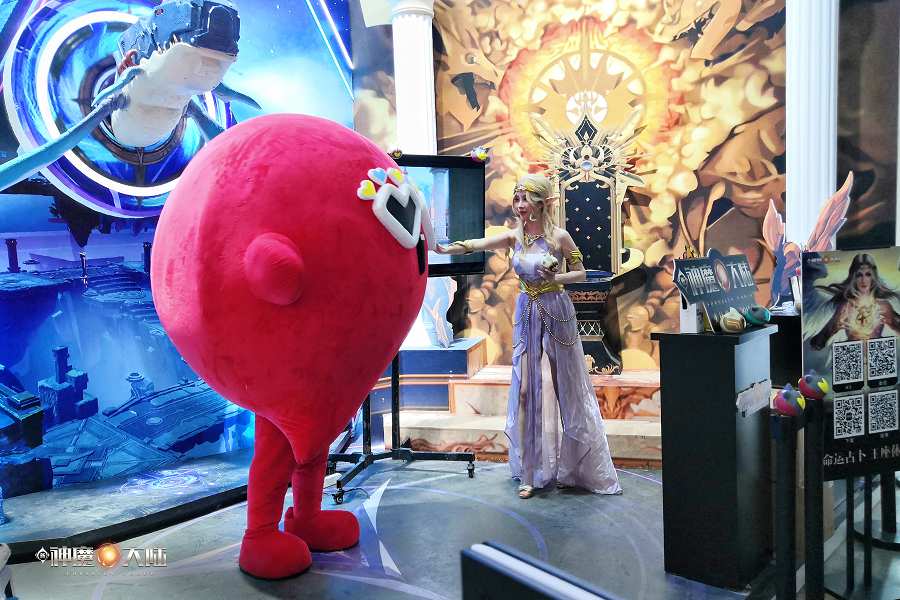 在MMORPG手游上,《新神魔大陆》仍在探索