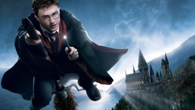 纪念《哈利波特》电影20周年 乐高特别纪念限定版新品公开
