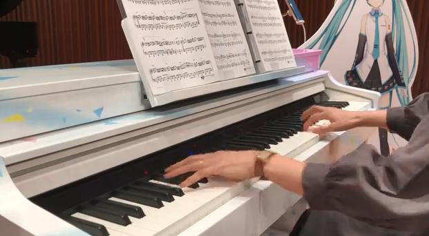 雅马哈新AI钢琴可让玩家与初音未来合奏 追加影像联动