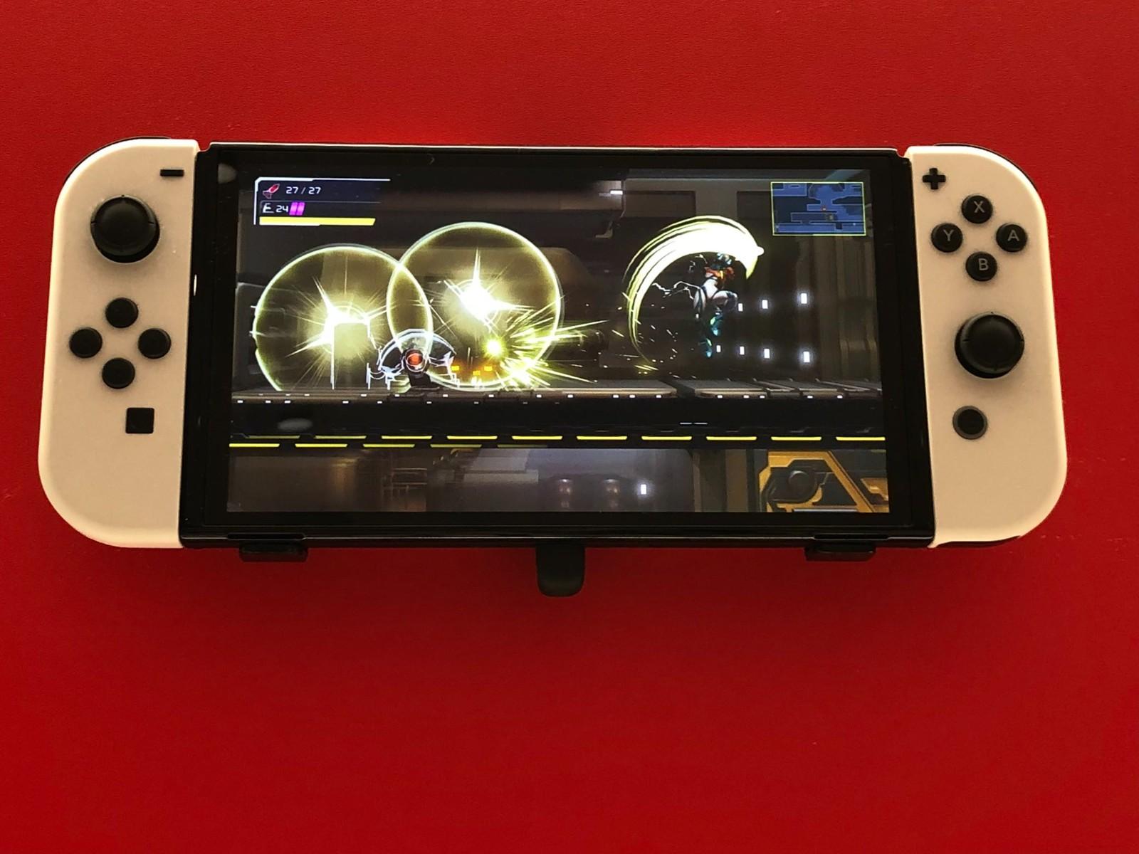 任天堂OLED Switch机型对外展示 首批真机照插图1