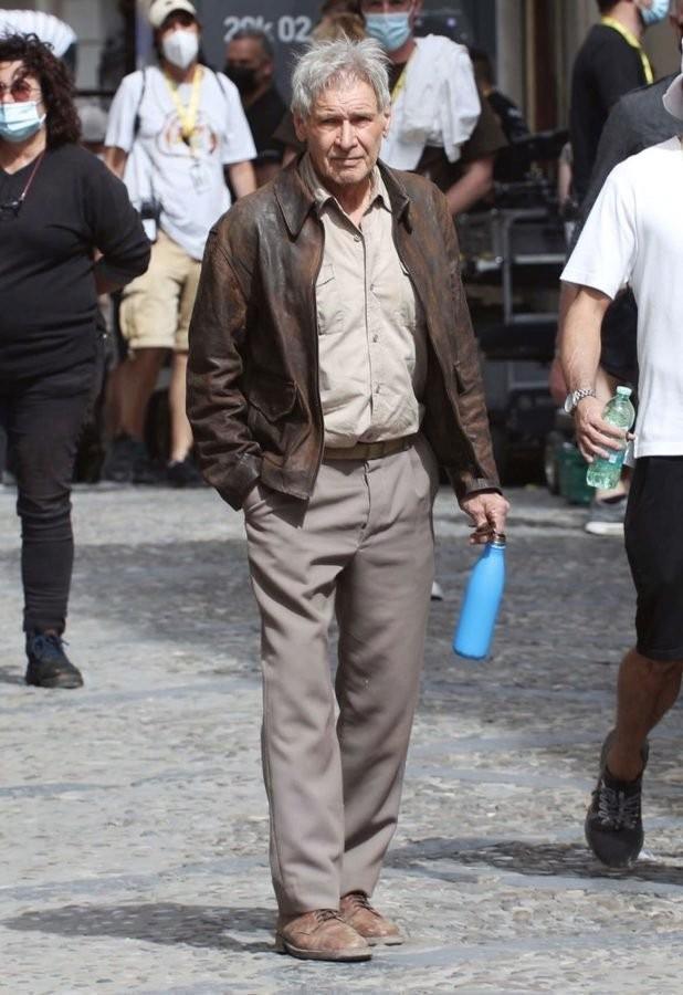 《奪寶奇兵5》新片場照 哈里森·福特與「拔叔」現身