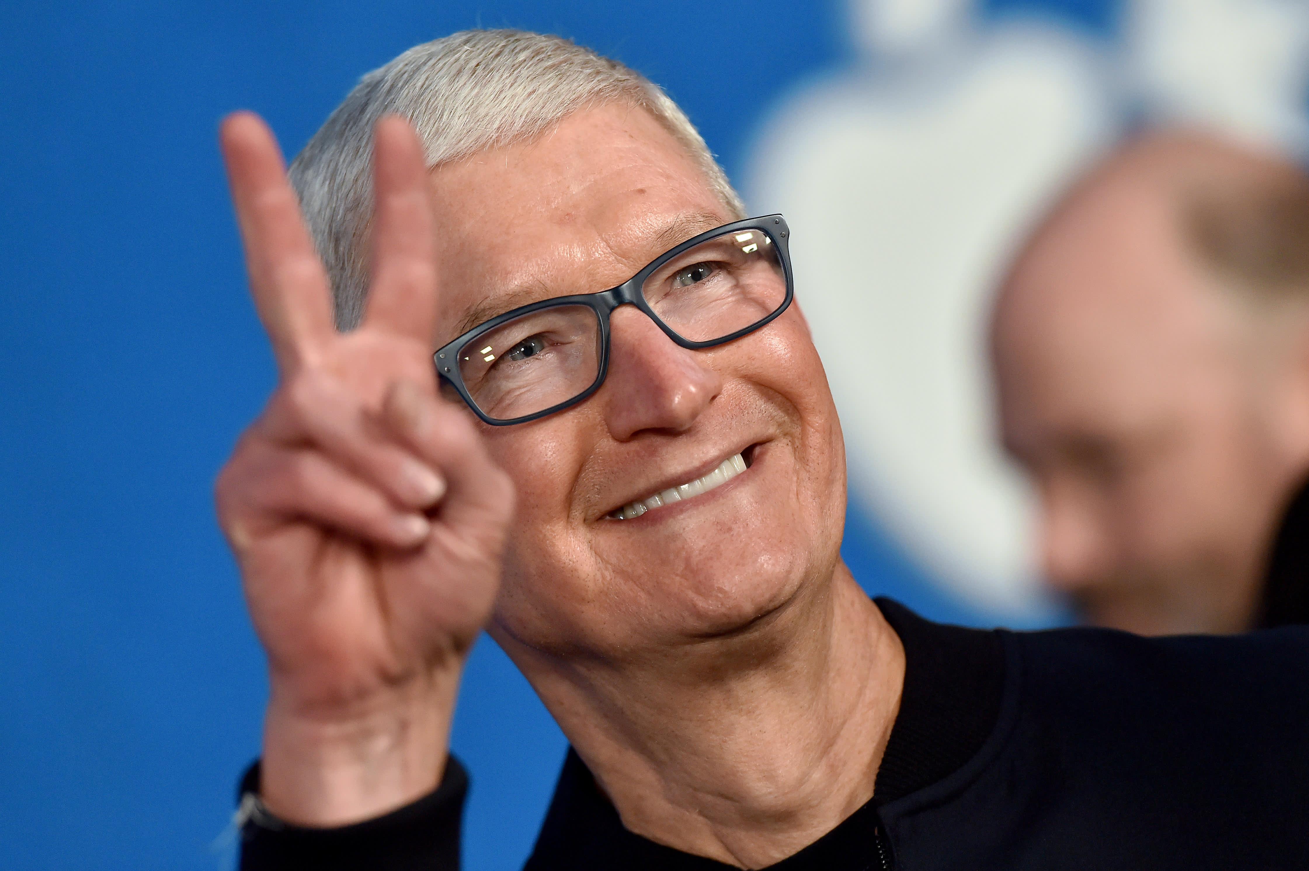 苹果CEO库克称不应无休止刷手机 技术应为人服务