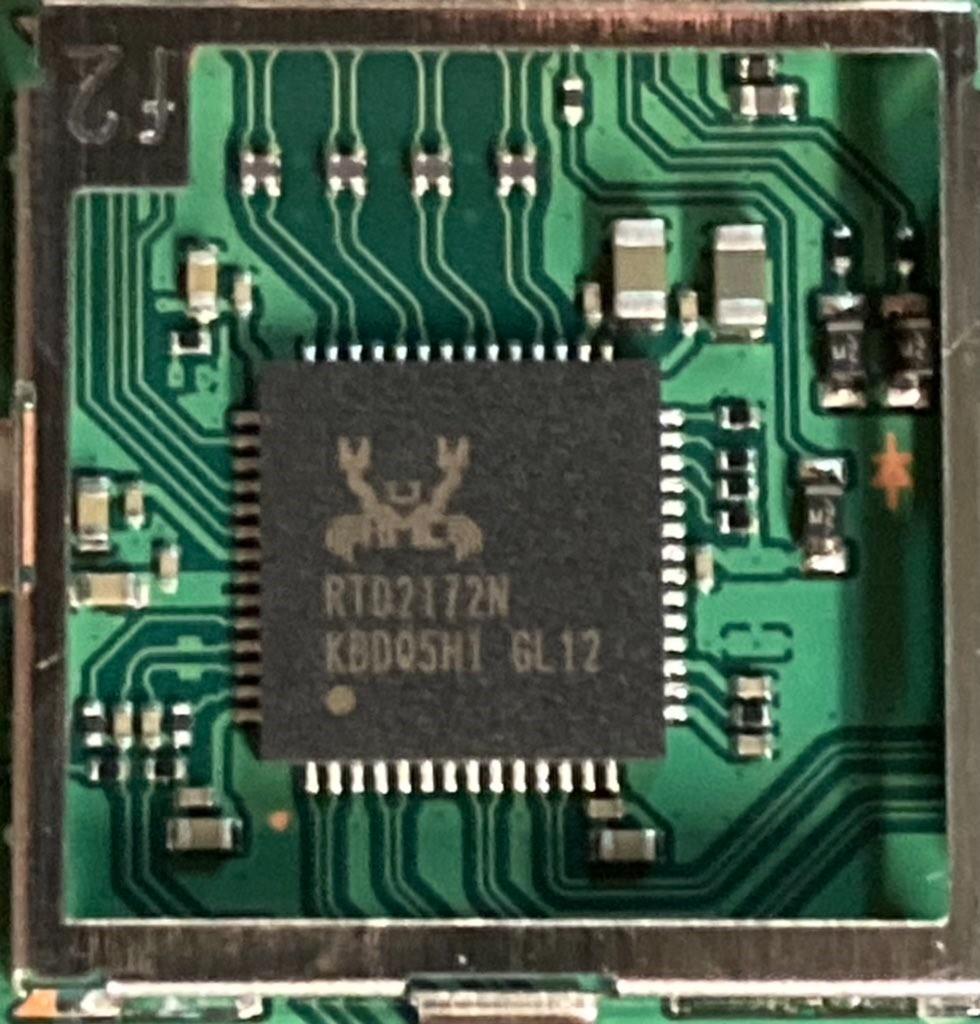OLED版Switch底座拆解 疑似发现4K输出芯片