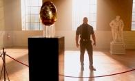 《红色通缉令》新剧照 盖尔加朵要偷埃及艳后金蛋