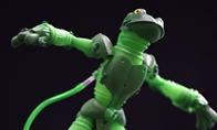 岛国高玩打造拼接青蛙斗士手办 6蛙合体气势凛然
