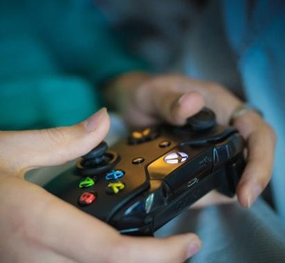 日本首例游戏防沉迷条例再陷争议被诉违宪