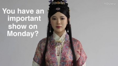 中国最美女机器人佳佳互动直播